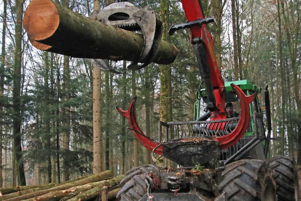 Hecklader Forstbetrieb